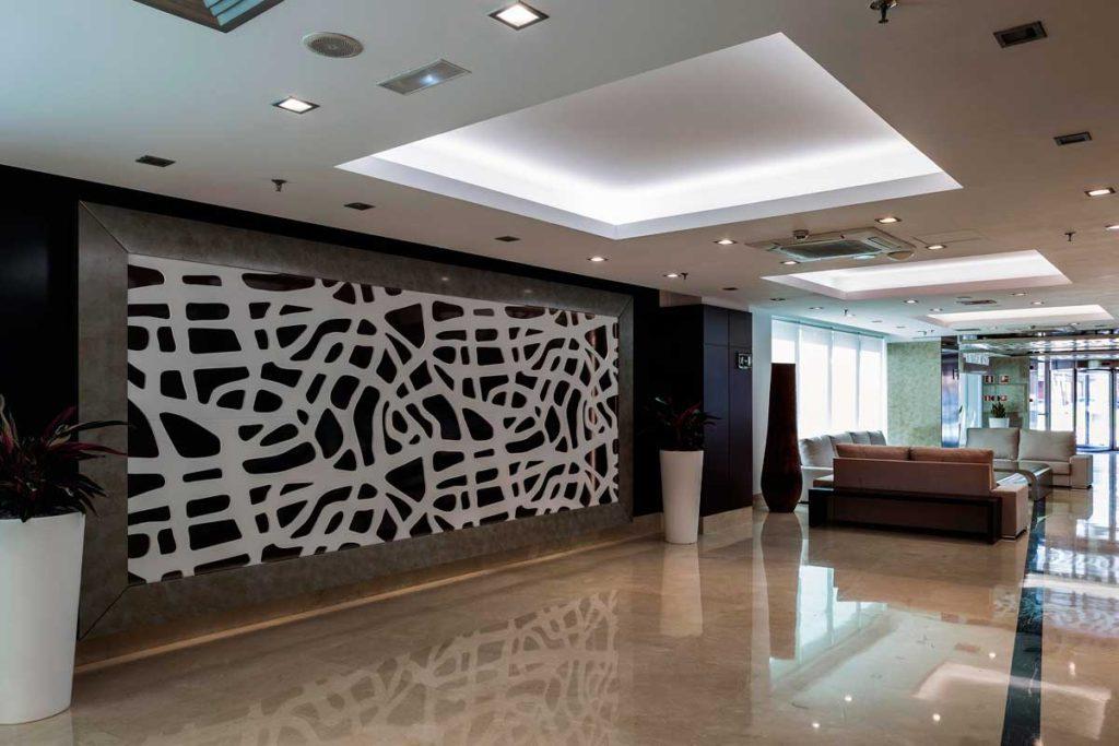 Dise o de interiores en hoteles hotel lcb estudio arinni - Hoteles de diseno espana ...