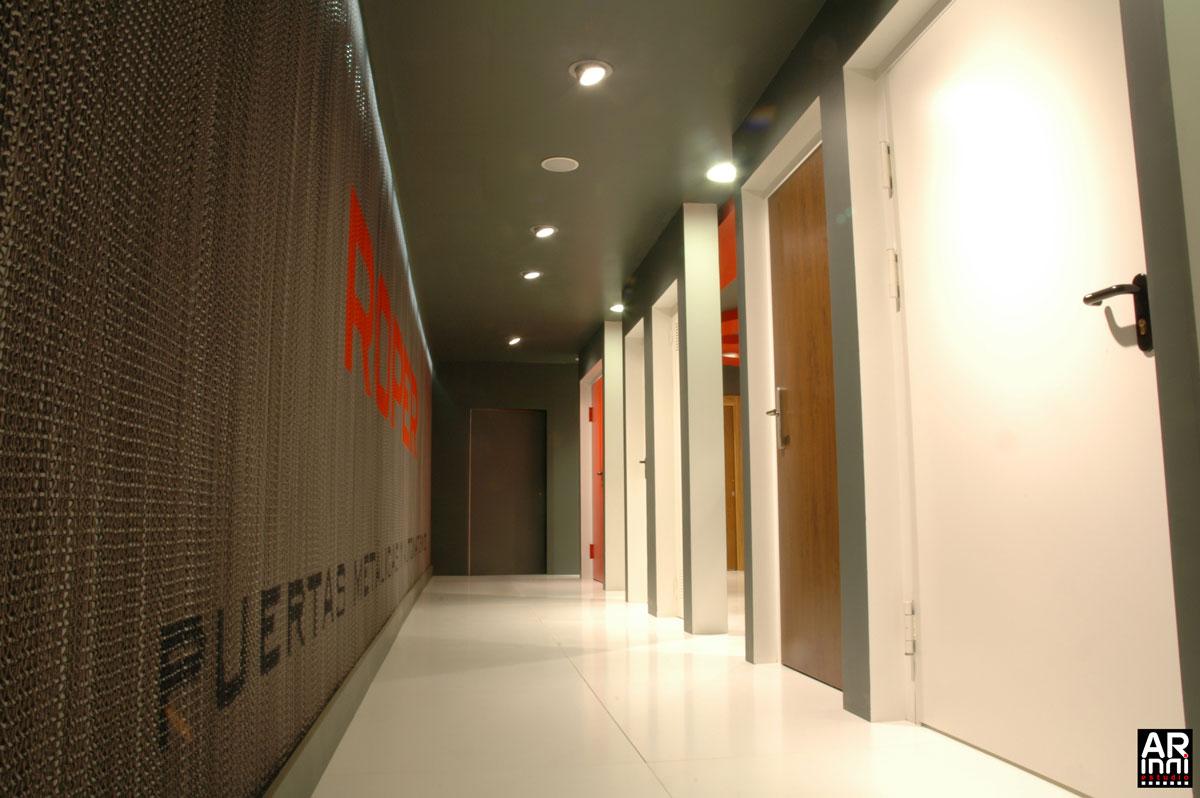 Dise o de stand en madrid puertas roper arinni estudio - Diseno de producto madrid ...