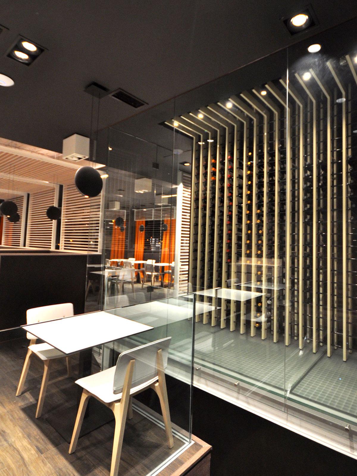Vinoteca de dise o para un restaurante en madrid proyectos - Decoracion de vinotecas ...